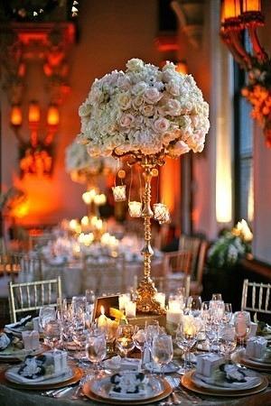 centrotavola con rose e candele 2