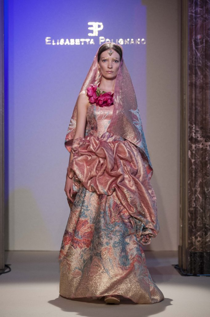 Elisabetta Polignano Collezione Sposa 2016 Abito tonalità rosa.