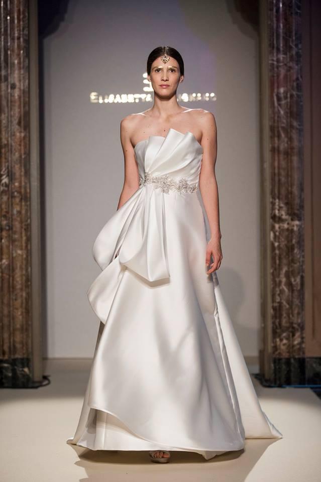 Elisabetta Polignano Collezione Sposa 2016 bianco con lavorazione particolare sul corpetto e cintura gioiello in vita