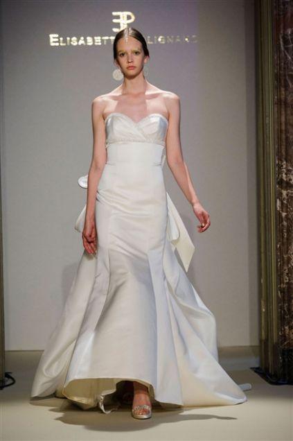 Elisabetta Polignano Collezione Sposa 2016 bianco semplice a sirena in seta croccante