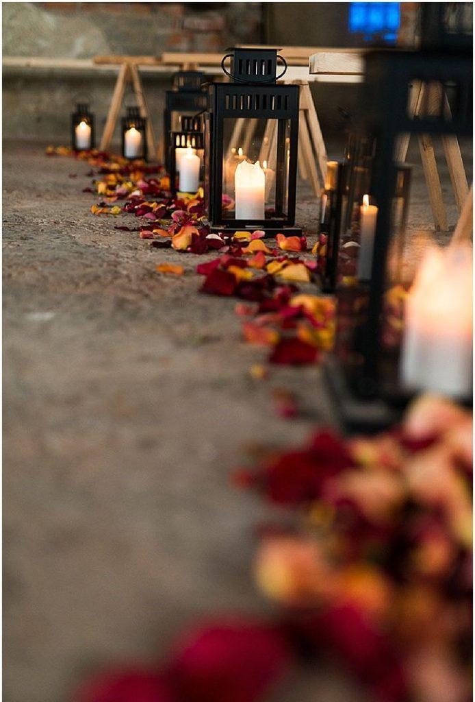 foglie e candele allestimento matrimonio autunnale ph.Terese Brandwold