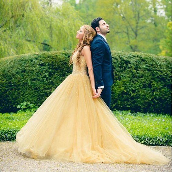 abito da sposa stile la bella e la bestia