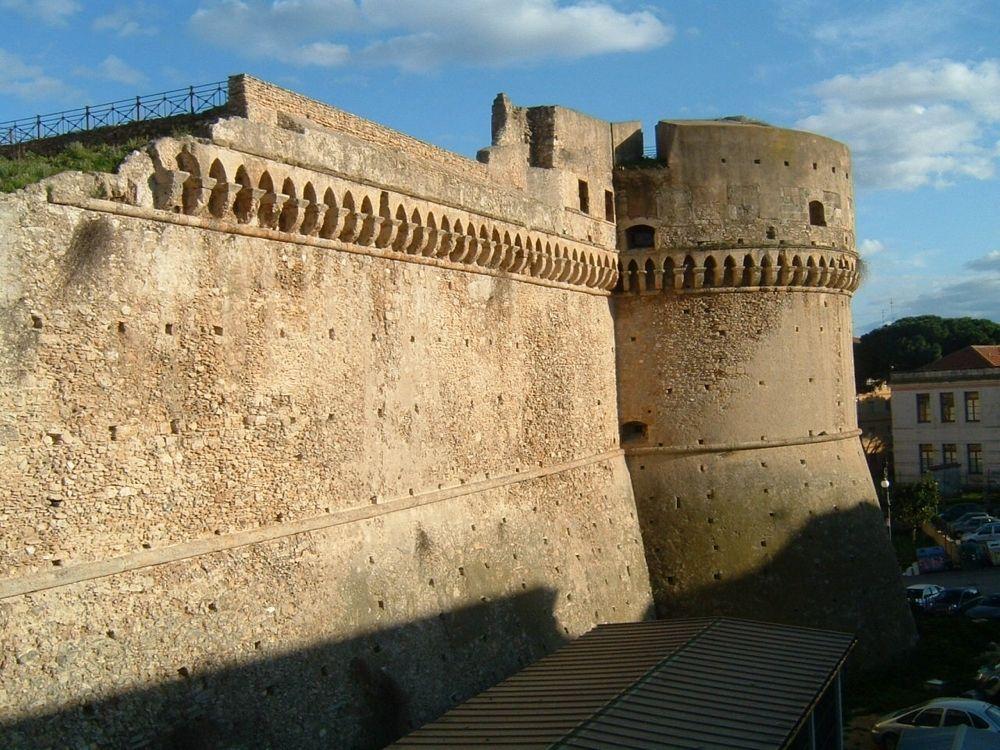 castello-di-carlo-v a crotone