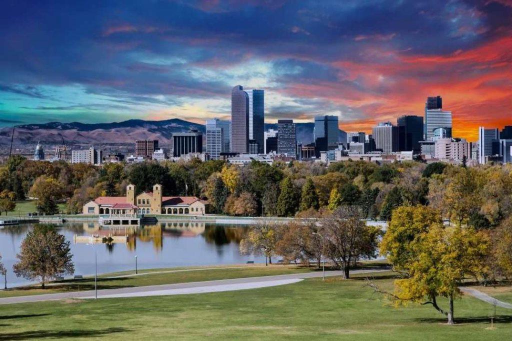 una splendida veduta di Denver in Autunno